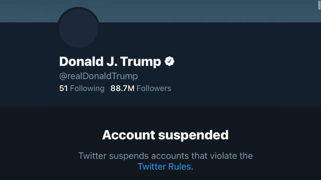 210108193305-20210108-trump-twitter-super-tease